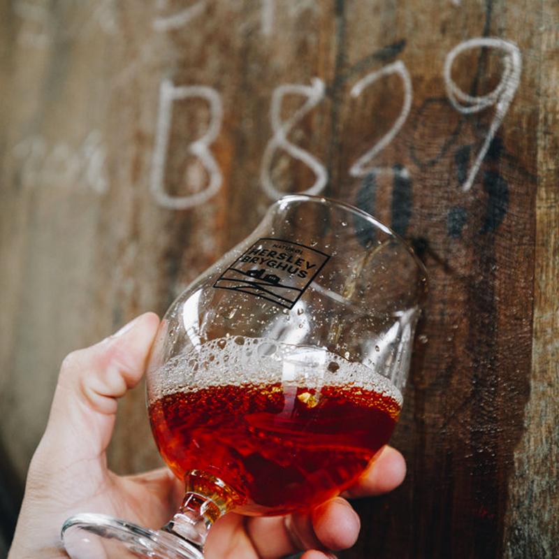 Herslev Bryghus ølglas med ale og skum